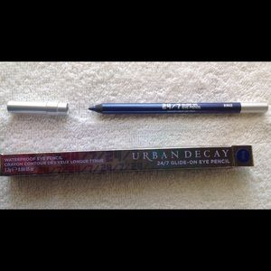 UD 24/7 Glide-on Eye Pencil, shade Binge